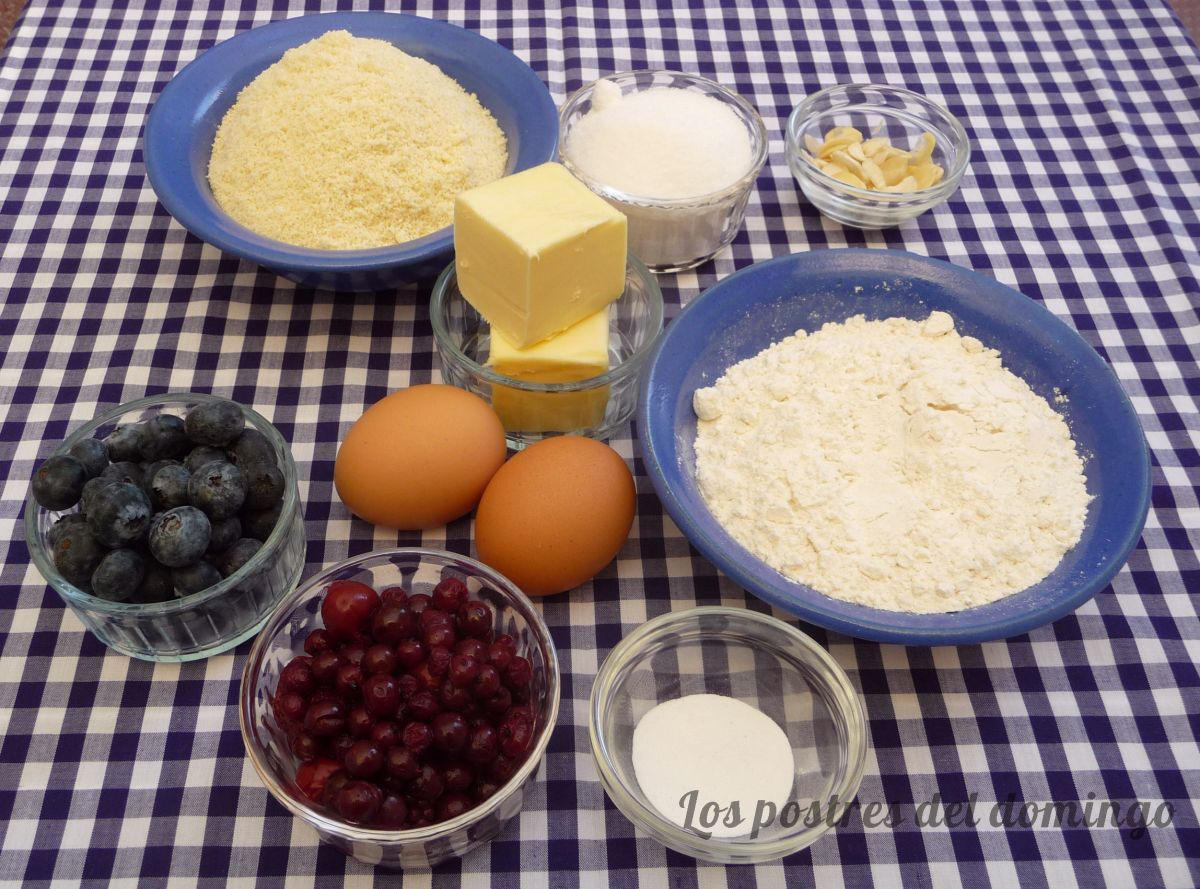 Berry bakewell cake ingredientes