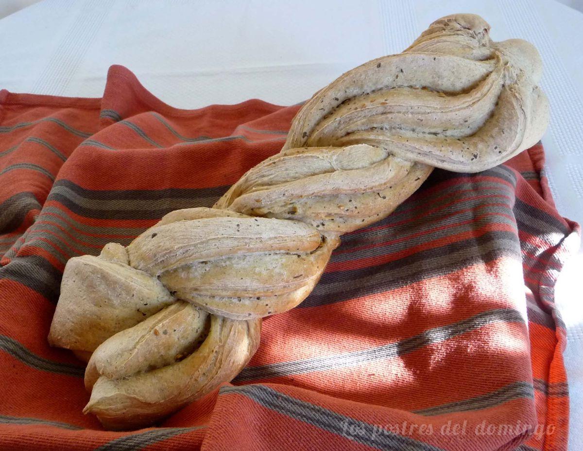 trenza de pan hojaldrada