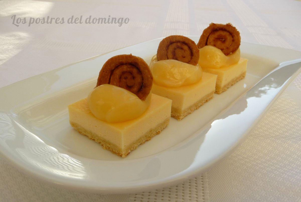 Cortados de queso con crema de limón
