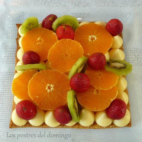 tarta-de-hojaldre-y-crema_con-frutas